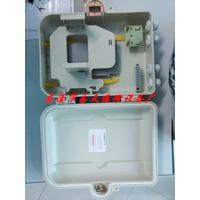 厂家直销2015款1分8室外防水挂杆式SMC光纤网络箱