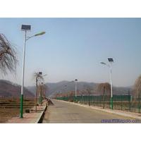郑州太阳能路灯厂家直供