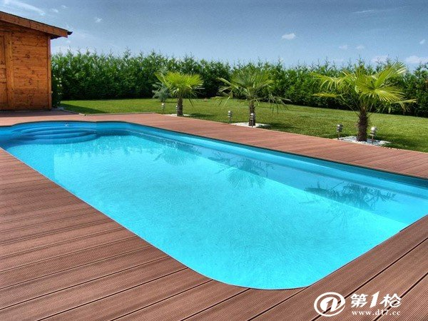 防腐木泳池