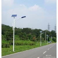 西安太阳能路灯厂家批发