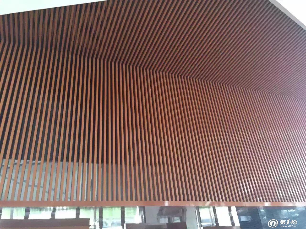 铝天花吊顶木纹铝方通 木纹弧形铝方通 木纹型材铝方通
