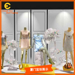 供应女装橱窗道具定制与服装橱窗道具制作厂家