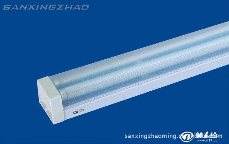 供应t5双管日光灯 方形带pc罩