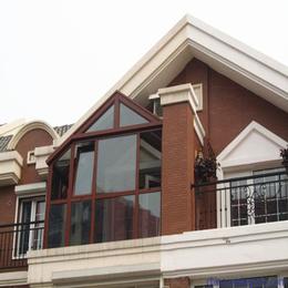 彩尼斯工厂 铝合金门窗 人字屋顶阳光房 时尚户外玻璃房