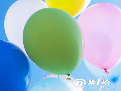 长气球编桃心步骤图