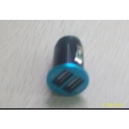 <em>USB</em><em>接口</em><em>手机充电器</em>。旅行充电器。车载充电器