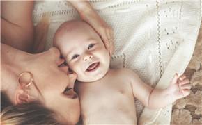 完善生态拼图 母婴服务平台兴起