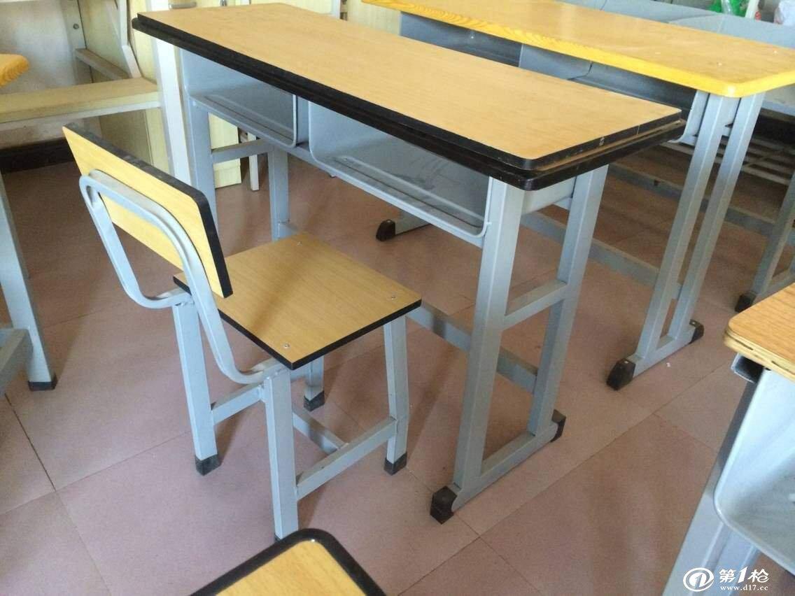课桌椅怎么调湿调温