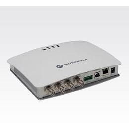 FX7400 固定式 RFID 读取器