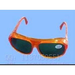 高坚防护眼镜