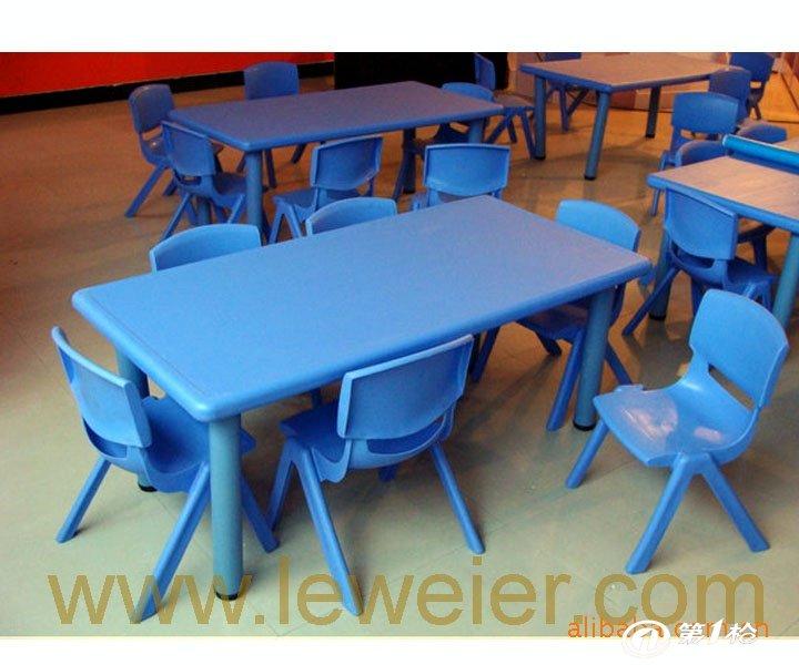 淘气堡 滑梯 室外大型游乐设施 室内玩具 摇马 健身器材 幼儿园桌椅