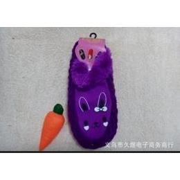优质直销 供应优质菠萝兔子 女式地板袜