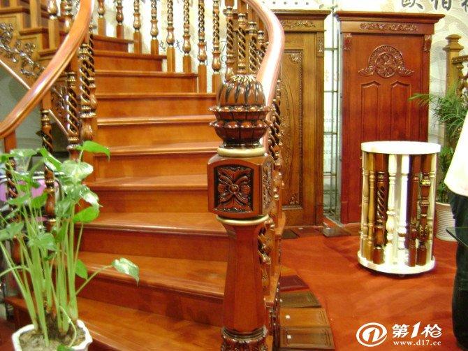 【价格合理】实木楼梯