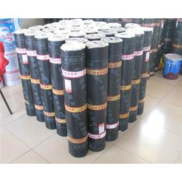 厂家直销复合胎3mm 热卖改性沥青防水卷材铺设卷材