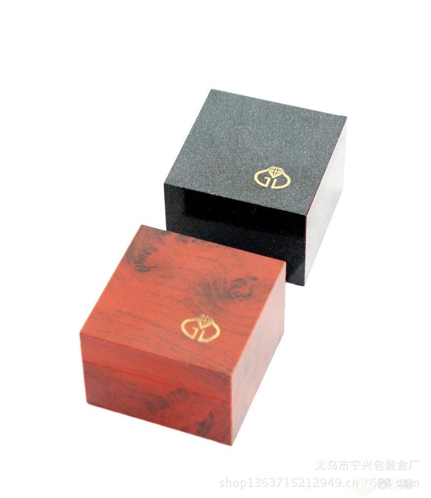 仿红木酒盒,工艺木盒,装饰木盒,小木盒,松木盒,桐木盒,橡胶木盒,纸巾
