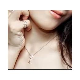 新光饰品 2013年新款 锁定情缘 套装 项链 耳环 女 新年礼物缩略图