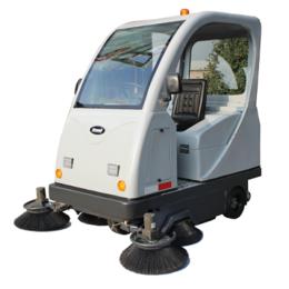 贵州克力威驾驶式扫地机