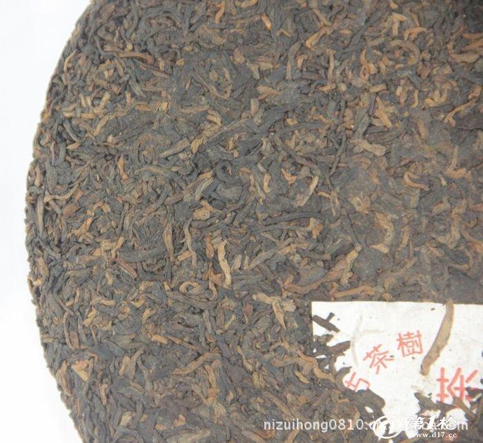 批发兴海茶厂08年攸乐山千年古树典藏宫廷金芽熟饼357