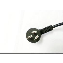 供应国标三芯插头 三芯防水插头 三芯电源线插头