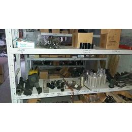 M11康明斯发动机六角法兰面螺栓3883122X