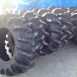 桦林 12.4-28 人字形花纹 拖拉机农用轮胎