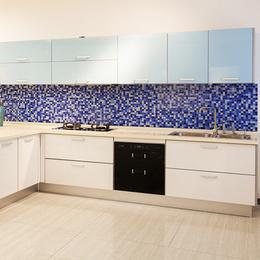 蔚蓝海岸  双饰面板现代风格整体橱柜
