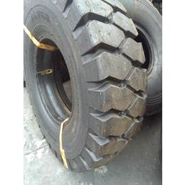 赤兔马 14.00-25 矿用 载重 宽体 自卸卡车 轮胎