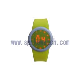 时霸手表厂家直销新款热卖时尚LED电子荧光数字手表