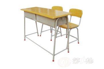 钢木课桌椅