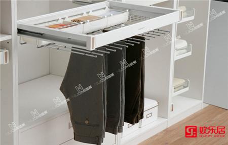 欢乐居整体家居定制材料:阻尼顶装衣物架