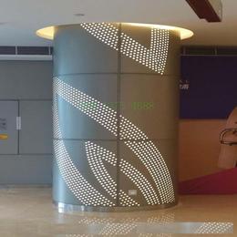 榆林购物广场艺术铝板 包柱透光铝单板 中庭雕花弧形铝单板