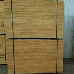 木胶合板  材料回收