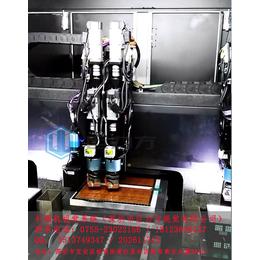 人工方式贴胶纸和巨力方FPC全自动贴胶纸机的区别