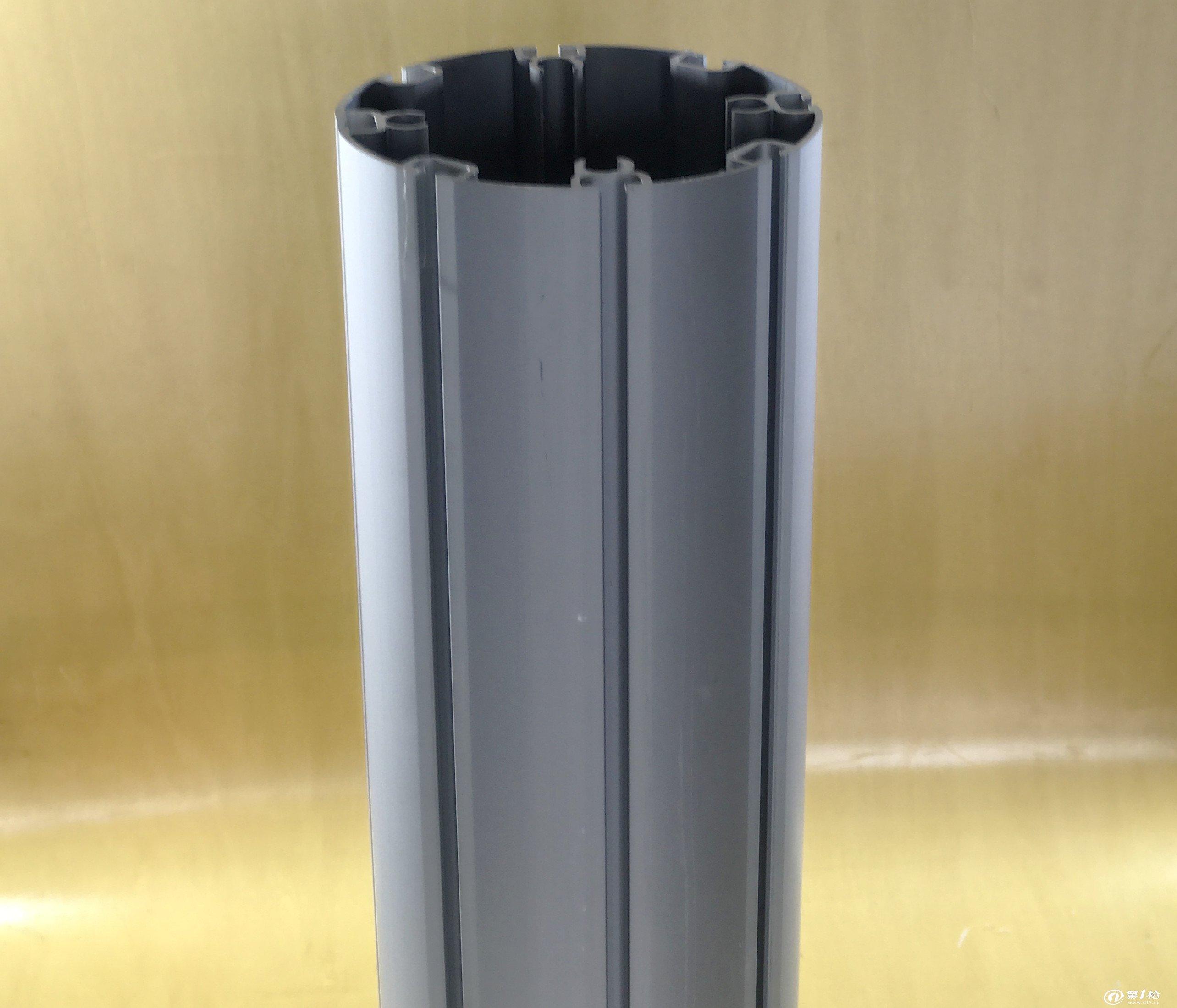 圆柱体物品-透明圆柱中间有根细铁丝东西是什么图片