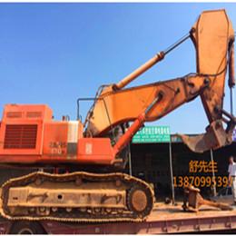 伟腾平安国际乐园挖掘机工程施工