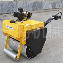 座驾式小型压路机的出售 小型振动手扶压路机价格和样品