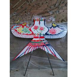 形象逼真的不锈钢彩绘风筝雕塑