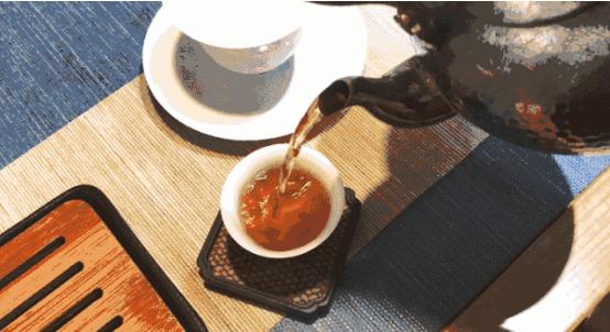 有茶可暖冬日,唯情能暖岁月