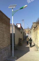 草坪灯-亚黎太阳能路灯半价-太阳能草坪灯庭院灯