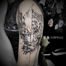 纹身体验  花臂纹身