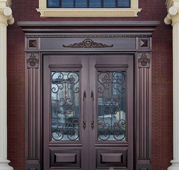 与其他门类相比铜质门具有独特优势