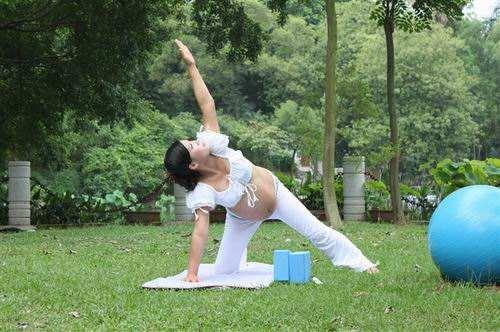 孕妇练习瑜伽有哪些好处呢?快来了解下