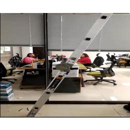 电动百叶玻璃隔断 电动百叶办公隔断 玻璃隔断带百叶