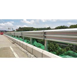 公路双波护栏 2019年护栏板报价护栏板明细
