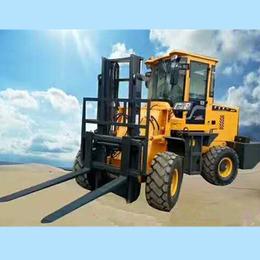 3吨越野叉车提升高度4米中首重工亚博平台网站价格p