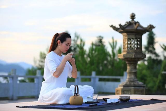 茶叶已被证实为癌症头号克星!多喝茶有益身体健康