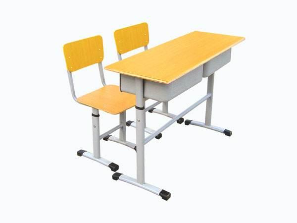 学生课桌椅的安全性考虑