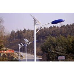 张家口太阳能路灯厂家设计方案 张家口led路灯工作原理