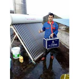 太阳能如何清理水碱水垢 格科太阳能清洗万博manbetx官网登录多少钱