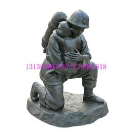 消防员英雄卡通树脂小人铸铜摆件广场玻璃钢消防官兵人物雕塑定制